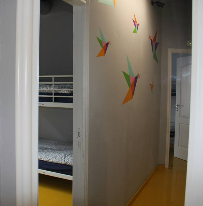 Backpackers youth hostel in Barcelona Spain, Sleep Green ECO youth hostel in Barcelona