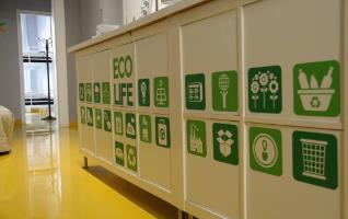 Free use of lockers in Barcelona youth hostel, Sleep Green ECO youth hostel in Barcelona Spain